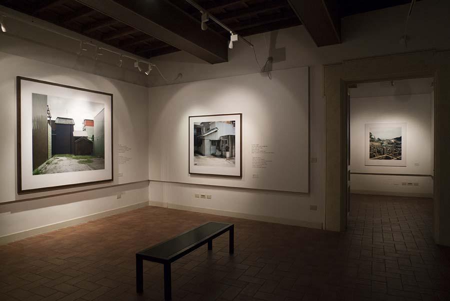 Wim Wenders - Urban Solitude. Allestimento della mostra - Palazzo Incontro, Roma. Photo: Orith Youdovich
