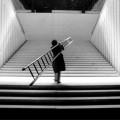 © Ugo La Pietra. La grande occasione. Still da video. Courtesy dell'artista e dell'Archivio Fondazione Cineteca Italiana