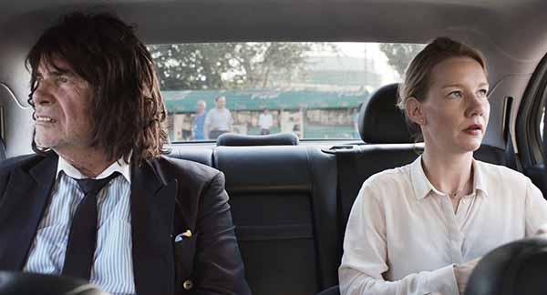 Frame tratto dal Film Toni Erdmann di Maren Ade