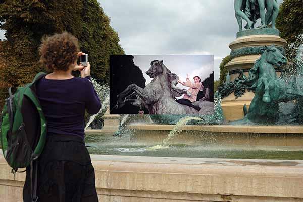 © Gea Casolaro. Still here_ Funny Face - Jardin Marco Polo, 2009-2013. Courtesy The Gallery Apart, Roma